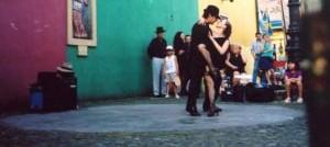 Dziwią się ludzie, że tango